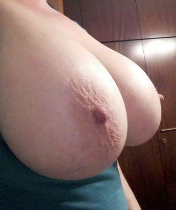 45-летняя титькастая санитарка
